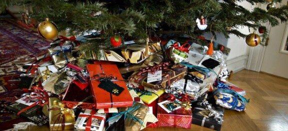 Julen varer længe – koster mange penge..